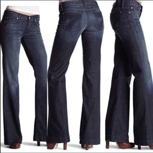 7 for All Mankind Dojo flare dark wash jeans 27